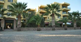 Palm Court Suites - Ayvalik - Building