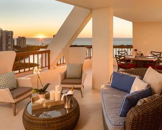 Naples Grande Beach Resort - Неаполь - Балкон