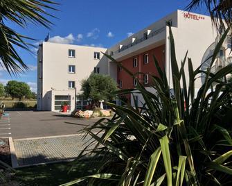 Kyriad Perpignan Sud - Perpignan - Gebäude