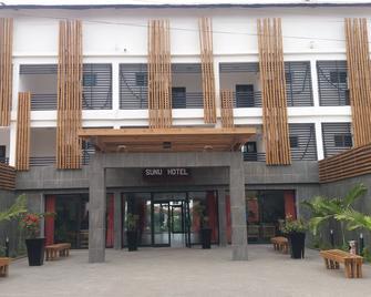 Sunu Hotel (Ex-Sarges Hotel) - Serrekunda - Building