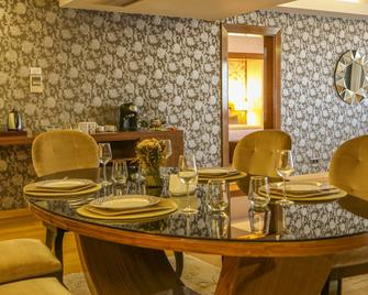 Anemon Konya Hotel - Konya - Living room