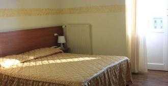 Hotel Bellevue - Genova - Soverom