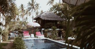 El Jardin De Shambala - Pemenang - Piscina