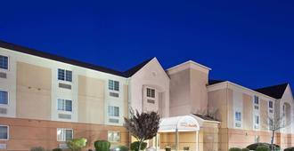 Sonesta Simply Suites Albuquerque - אלבקורקי - בניין