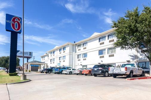 Motel 6 Oklahoma City Ok South - Oklahoma City - Toà nhà