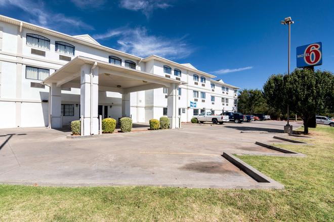 Motel 6 Oklahoma City Ok South - Oklahoma City - Building