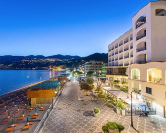 Hotel Sole Splendid - Maiori - Outdoor view