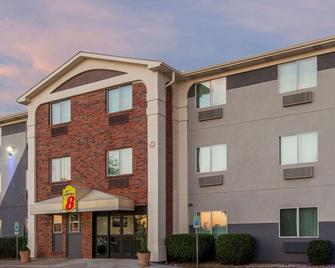 Super 8 By Wyndham Bedford Dfw Airport West - Bedford - Building
