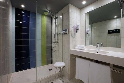 Hôtel Le Cinq Hyper Centre Ville - Chambéry - Bathroom
