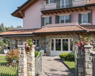 T'ami Hotel Resort Spa - Selvino - Gebäude