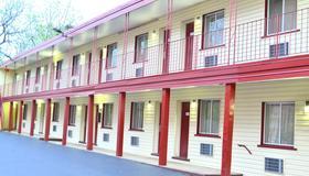 Passport Inn 3rd Street - Niagara Falls - Building