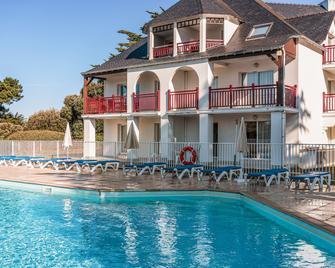 Pierre & Vacances Premium Le Domaine De Cramphore - Le Pouliguen - Zwembad