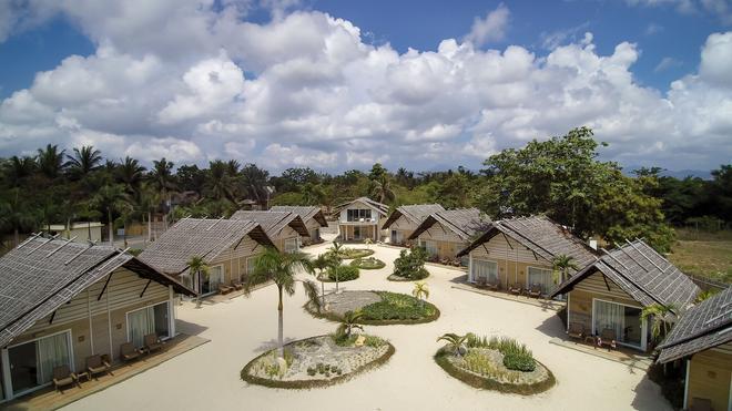 Blue Palawan Beach Club - Puerto Princesa - Näkymät ulkona
