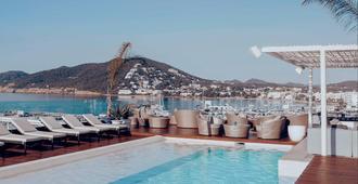 Aguas de Ibiza Lifestyle & Spa - Santa Eulària des Riu - Piscina