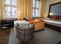 Klaus K Hotel - Helsinki - Sala de estar