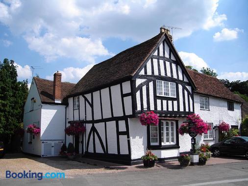 Park Cottage - Warwick - Building