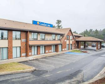 Comfort Inn Parry Sound - Parry Sound - Building
