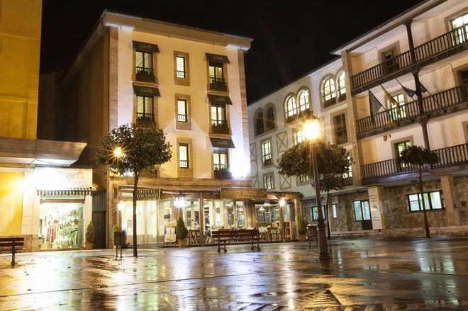 洛斯拉格斯自然酒店 - 坎加斯德奧尼斯 - 坎加斯-德奧尼斯 - 建築