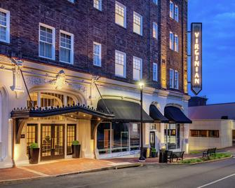 The Virginian Lynchburg, Curio Collection by Hilton - Лінчбург - Building