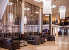 West Plaza Hotel - Wellington - Lobby