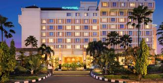 Novotel Solo - Surakarta City - Building