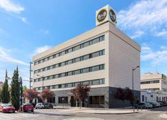 B&b Hotel Madrid Getafe - Getafe - Edificio