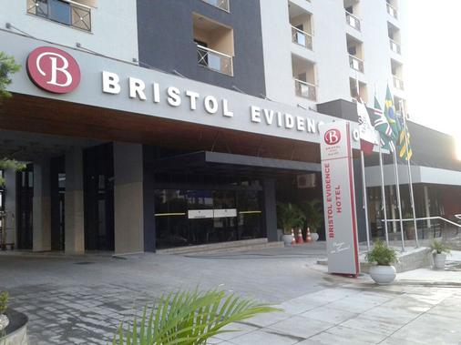 Bristol Evidence - Goiânia - Rakennus