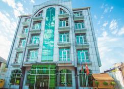 Aef Hotel - Baku - Building
