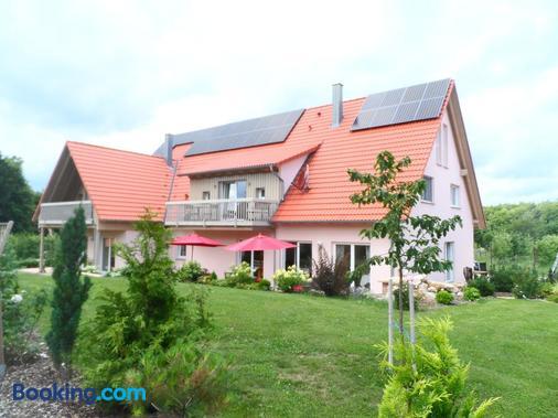 Pension am Kirschgarten - Gößweinstein - Building