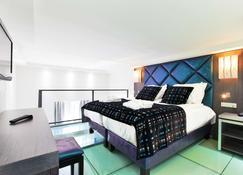 Golden Tulip Cannes Hotel de Paris - Cannes - Bedroom