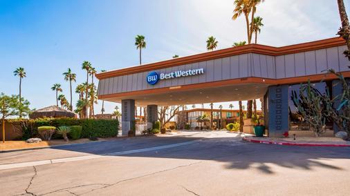 Best Western Date Tree Hotel - Indio - Gebäude