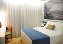 Lizz Hotel - Uberlândia - Bedroom