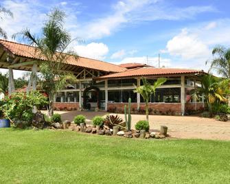 Hotel Fazenda Hípica Atibaia - Atibaia - Building
