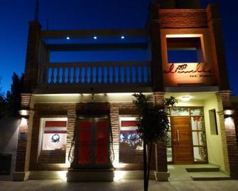 El Molle Hotel Boutique - Colonia Sarmiento - Building