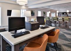 Holiday Inn Hotel & Suites Rochester - Marketplace - Rochester - Centro de negocios