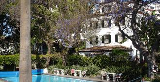 Hotel Quinta da Penha de França - פונשל - בריכה