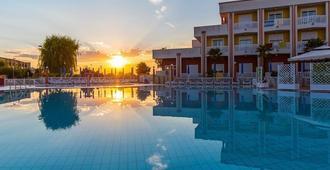 Hotel Olympus - Caorle - Pool