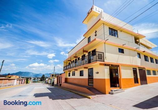 Hotel Marquez - Chignahuapan - Building