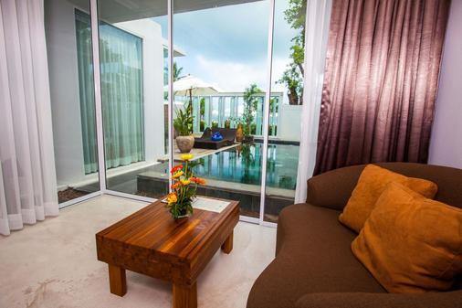 Kc Beach Club & Pool Villas - Ko Samui - Living room
