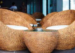 Kc Beach Club & Pool Villas - Ko Samui - Bar