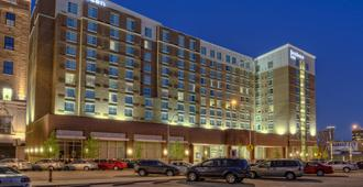 Residence Inn by Marriott Kansas City Downtown/Convention Center - Kansas City - Edificio