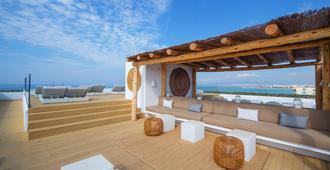 HM Tropical - Palma de Mallorca - Outdoor view