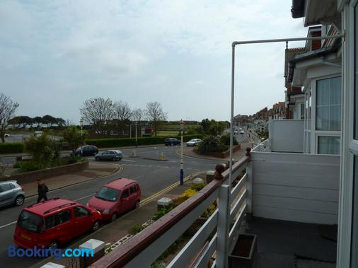 Number Ninety One - Eastbourne - Balcony