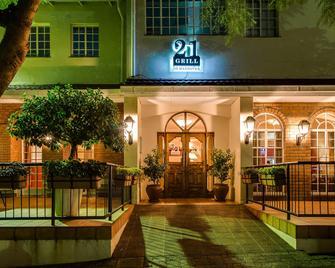Protea Hotel by Marriott Blantyre Ryalls - Blantyre - Building