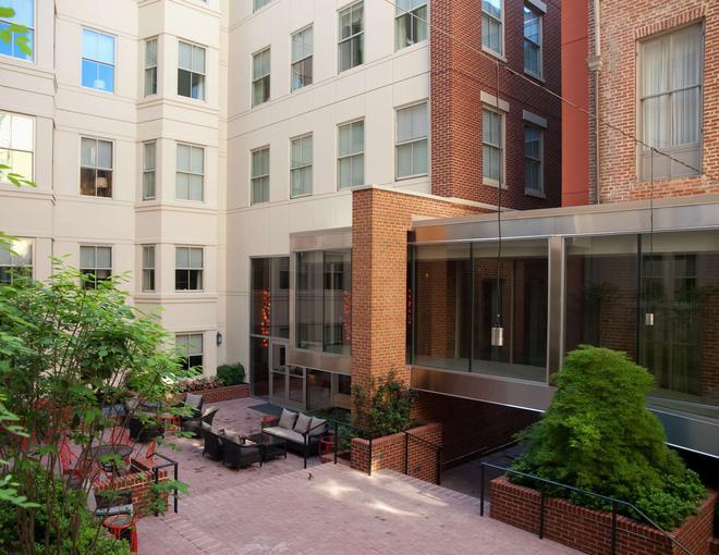 Morrison Clark Hotel - Washington - Building