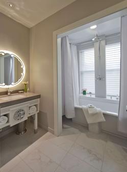 Morrison Clark Hotel - Washington - Bathroom