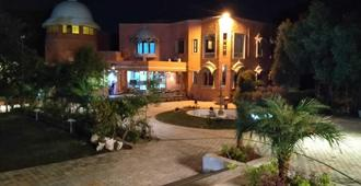 Oriental Palace Resorts - Udaipur