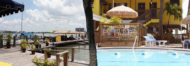 Barefoot Bay Resort & Marina - Clearwater Beach - Pool