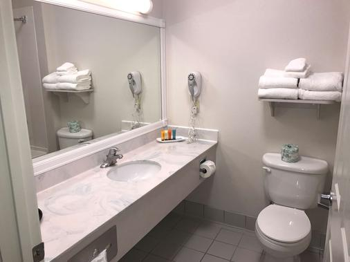 SureStay Plus Hotel by Best Western Billings - Billings - Bathroom
