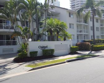 Chidori Court - Main Beach - Gebäude